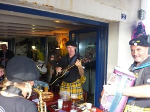 Guitariste à la Corniche